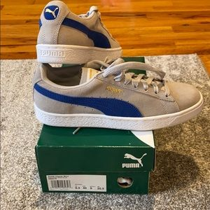 Brand new in box Puma suede classics woman's 9